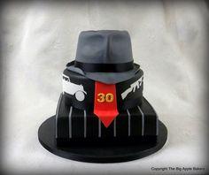 Gangster birthday cake #anniversaire #pateasucre #cakedesign