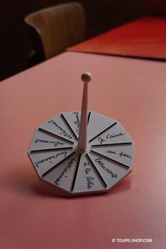 Toupie à personnaliser - Toupie Shop (Boutique de toupie & magasin de jouets) Un jeu à personnaliser.