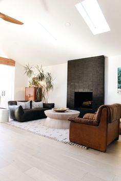 Black Brick Fireplace, Living Room With Fireplace, Fireplace Design, Tile Living Room, Black Fireplace Surround, Fireplace Windows, Black Brick Wall, Fake Fireplace, Fireplace Ideas