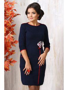 Темно-синее классическое теплое вязаное платье фото 2016 2015 новинки