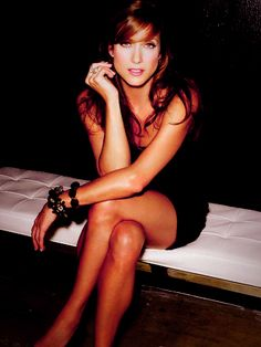 Kate Walsh. Proof that you don't have to be fair skinned to pull off red hair!