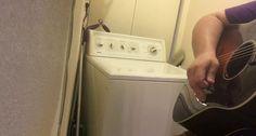 Homem Transforma Horrível Barulho Da Sua Máquina De Lavar Roupa Em Música De Qualidade