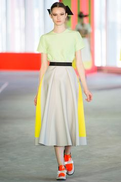 Roksanda Ilincic Spring 2014 RTW - Review - Fashion Week - Runway, Fashion Shows and Collections - Vogue
