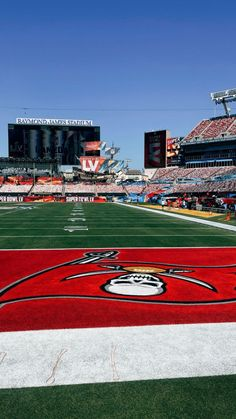 Raymond James Stadium, Tampa Bay Buccaneers, Cannon, Nfl, Fire, Football, Spaces, Logos, Soccer