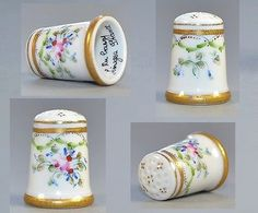 This is a really beautiful hand painted thimble with bluebonnets and a bird. Blue Bonnets, Sewing Tools, Pincushions, Pill Boxes, New Hobbies, Couture, Red And White, Arts And Crafts, Hand Painted