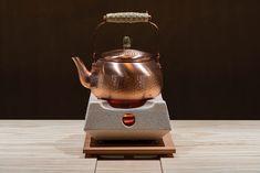 Kanteki - WORKS|辻村久信デザイン事務所 + 株式会社ムーンバランス V60 Coffee, Kettle, Coffee Maker, Kitchen Appliances, Coffee Maker Machine, Diy Kitchen Appliances, Teapot, Coffeemaker, Home Appliances