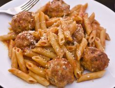 MEATBALLS WITH PENNE IN THE OVEN