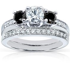 Black and White Diamond Wedding Set 1 1/6 carat (ctw) in 14K White... (€1.310) ❤ liked on Polyvore featuring jewelry, rings, 3 stone ring, diamond wedding rings, 14k white gold ring, diamond bridal rings and white gold rings
