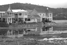 Thesen Island in my favorite town Knysna Beautiful Gardens, Beautiful Homes, Knysna, Luxury Loft, Out Of Africa, Places Of Interest, Log Homes, Places Ive Been, South Africa