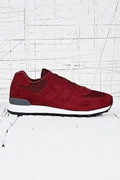 New Balance 574 Trainers in Sonic Burgundy