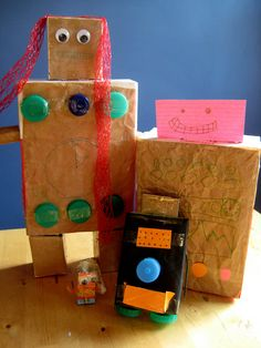 Alyssa ths is like the super hero thing. Make Junk Robots: Get out the recycle bin and encourage the family to work together to make a robot (or a whole family of robots). Check out this post from Nurture Store for inspiration! Arts And Crafts Projects, Projects For Kids, Crafts For Kids, Upcycled Crafts, Recycled Art, Recycled Materials, Art Activities For Kids, Art For Kids, Autumn Activities