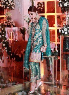 10 Times Maya Ali Brightened Up The Floor In Her Stunning Formal Dresses - Bridals. Pakistani Couture, Pakistani Dresses, Pakistani Clothing, Pakistani Suits, Bridal Mehndi Dresses, Bridal Lehenga, Nice Dresses, Formal Dresses, Awesome Dresses