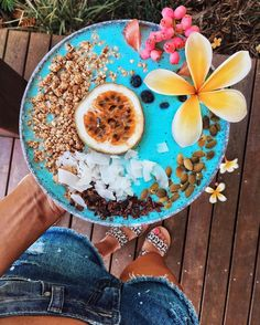 Meet the Smoothie Bowl That's Mermaid-Approved
