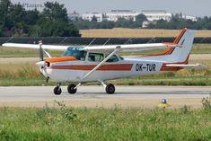 Cessna 172P Skyhawk - OK-TUR