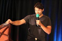 """Dallascon 2014 │ Misha Supernatural Pictures, Supernatural Cast, Castiel, Supernatural Convention, Spiritus, Misha Collins, I Love Him, Acting, How To Look Better"