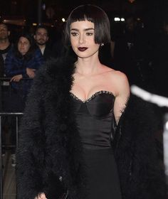 Link in bio to see what celebs changed into for the #MetGala after parties. Pictures: @lilyjcollins in @giambattistavalliparis  via ELLE USA MAGAZINE OFFICIAL INSTAGRAM - Fashion Campaigns  Haute Couture  Advertising  Editorial Photography  Magazine Cover Designs  Supermodels  Runway Models