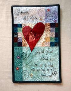 I like the idea of quilting Bible verses into quilted wall hangings. Patchwork Quilting, Applique Quilts, Small Quilts, Mini Quilts, Quilting Projects, Quilting Designs, Quilting Ideas, Fabric Postcards, Quilt Modernen