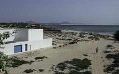 Casa en playa Estoril,© Nuno Almendra