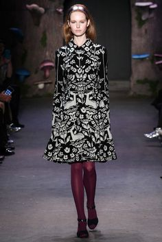 Honor - Fall 2015 Ready-to-Wear - Look 1 of 40 - Black and white printed coat, deer, CUTE!