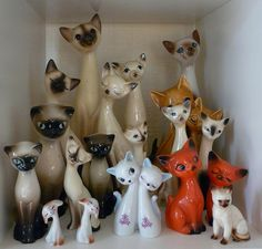 a little kitty kitsch - Siamese kitsch/ Siamese love Vintage Cat, Vintage Love, Retro Vintage, Siamese Cats, Kittens, Kitty Cats, Crazy Cat Lady, Crazy Cats, Vintage Ornaments