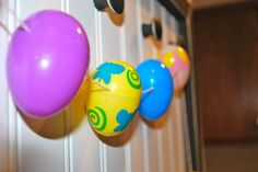 Easy and Cute Easter Garland...buy the plastic eggs on clearance after Easter to prep for next year!