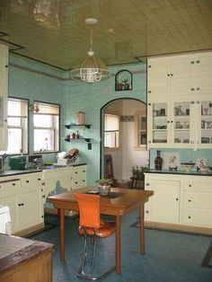 Retro home decor - Easy but Ingenious retro tips. retro home decorating art deco smashing example id 5127175641 shared on this day 20190315 1930s Kitchen, New Kitchen, Vintage Kitchen Cabinets, Art Deco Kitchen, Kitchen Nook, Kitchen Layout, Kitchen Island, Retro Home Decor, 1930s Home Decor