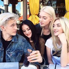 Siblings Goals Af - Lucky Blue, Daisy Clementine, Pyper America & Starlie Cheyenne Smith - The beauty runs in The family
