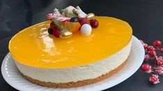 Cheesecake with gingerbread base and squash jelly – Oppskrifters Norwegian Food, Sweet Life, Cheesecakes, Yummy Cakes, Food Styling, Squash, Jelly, Gingerbread, Cake Recipes