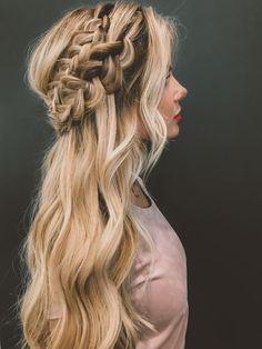 Wedding braid with half up & half down look - wedding hair inspiration - wedding braids - loose curls {Barefoot Blonde Hair}