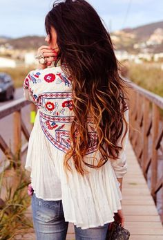 boho chic style for the modern girl And love her hair too Look Boho Chic, Looks Chic, Looks Style, Style Me, Girl Style, Bohemian Mode, Bohemian Style, Modern Bohemian, Bohemian Fashion