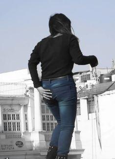 209. Two Desi Girls Fighting In The Park Hair Lengthening, Girl Back, Girl Fights, Bodysuit Fashion, College Girls, Indian Beauty, Desi, Study, Long Hair Styles