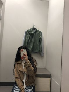mama🦋 - New Site Cute Girl Poses, Girl Photo Poses, Girl Photos, Aesthetic Women, Aesthetic Clothes, Pretty Mixed Girls, Black Adidas Jacket, Alone Girl Pic, Sad Girl Photography