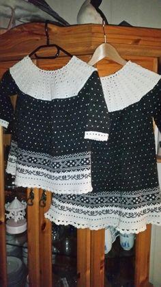 Wednesday's Girl RUFFLE HIGH NECK MINI DRESS - Kjole - black/blue/white