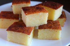 Food Endeavours of the Blue Apocalypse: Vietnamese Coconut Cassava Cake (bánh khoai mì nướng)