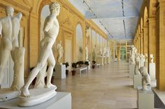 Interior of the Royal Sculpture Gallery in the Old Orangery in the Royal Baths Park in Warsaw was created for Stanislaus Augustus and adorned with illusionist frescoes by Laurenty Jasieński after Johann Christian Kammsetzer between 1787 and 1788