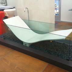 Now this looks like a tub I could sink into! Glass Bathtub, Dream Bathrooms, Modern Bathrooms, Bath Design, Kitchen And Bath, My Dream Home, Home Interior Design, Future House, Sweet Home