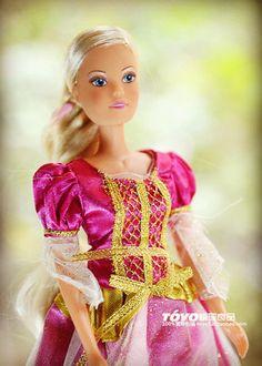 $9.49 (Buy here: https://alitems.com/g/1e8d114494ebda23ff8b16525dc3e8/?i=5&ulp=https%3A%2F%2Fwww.aliexpress.com%2Fitem%2F2014-new-Free-shipping-30cm-Original-German-Simba-doll-Brinquedos-Meninas-Bonecas-Children-Christmas-Gift-Kid%2F32680721260.html ) 2014 new Free shipping 30cm  Original German Simba doll Brinquedos Meninas Bonecas Children Christmas Gift Kid No box for just $9.49