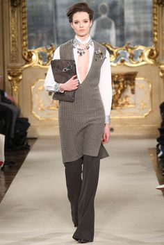 Les Copains - Fall 2015 Ready-to-Wear - Look 8 of 47