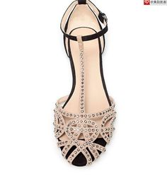 Zara Flat jelly sandals, cute shoes for the navy dress Summer Sandals 2014, Summer Shoes, Summer 2015, Bike Shoes, Shoe Boots, Shoes Heels, Kitten Heel Shoes, Golf Shoes, Louboutin Shoes