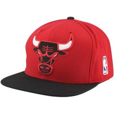 963d6eaa0f7 Mitchell   Ness Chicago Bulls XL Logo Two Tone Snapback Hat - Red Black