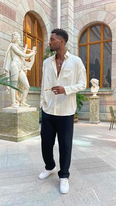 Street Style Outfits Men, Stylish Mens Outfits, Cool Outfits, Casual Outfits, Mode Streetwear, Streetwear Fashion, Casual Look For Men, Italian Mens Fashion, Style Noir