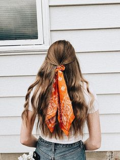 Pin by Melissa Banmann on Haare , Scarf Hairstyles, Down Hairstyles, Pretty Hairstyles, Easy Hairstyles, Formal Hairstyles, Bandana Hairstyles Short, Wedding Hairstyles, Hairstyle Men, School Hairstyles