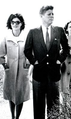 Jackie and John F. Kennedy this photo describes Camelot