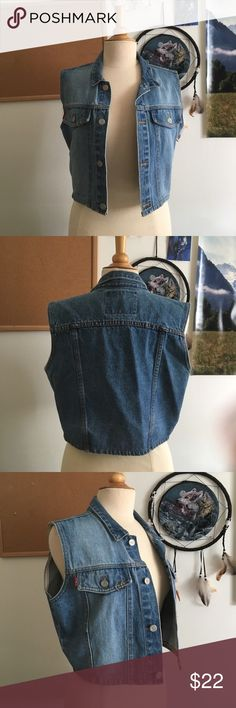 L.E.I Vintage Denim Vest with pockets Lovely vintage denim vest for women. Awesome cut, cropped fit. Measurements upon request! No flaws! Classic must have. Life energy intelligence brand jacket, denim jacket, cropped denim vest, cropped jacket, quality product riding wear L.E.I Jackets & Coats Vests