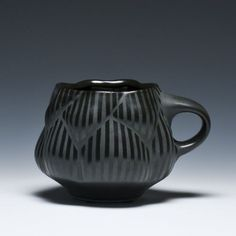 Eric Rempe Mug @ crimson laurel gallery Pottery Mugs, Ceramic Pottery, Ceramic Cups, Ceramic Art, Pottery Designs, Pottery Ideas, Cup Art, Black Clay, Fun Cup