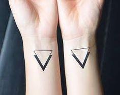 Resultado de imagen de tatuajes minimalistas