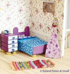 doll house furniture project from Paper Scissors Glue