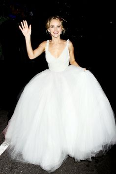 Jennifer Lawrence wedding best outfits - Page 10 of 34 - Celebrity Style and Fashion Trends Jeniffer Lawrance, Jenifer Lawrens, Jennifer Lawrence Style, Selena, Bridal Gowns, Wedding Dresses, Gala Dresses, Just Girl Things, Red Carpet Fashion
