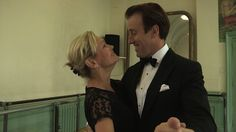 "Strictly Come Dancing 2013 Live Shows: Fiona Fullerton & Anton Du Beke's Tango was ""as sharp as a Lemon tart"" (VIDEO) 
