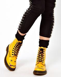 Dr Martens Hincky Acid Yellow Smiley 8 Eye Boots